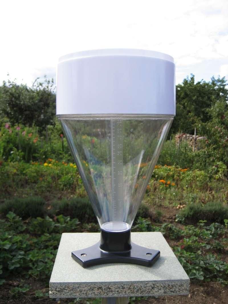Pluviometre manuel 100mm grande contenance pierron for Sac pour feuilles mortes